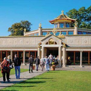 Kadampa Buddhism - A Life of Dedication